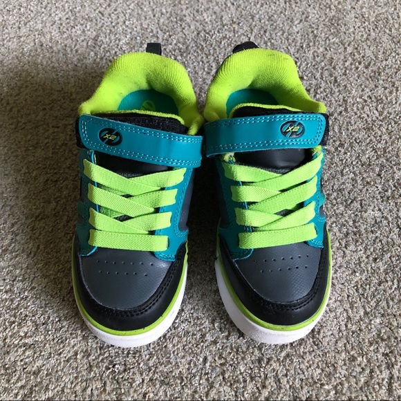 dd277e4a8fa27 Boys Heelys Bolt Plus X2 Skate Shoe